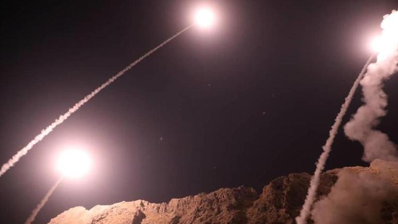 Boden-Boden-Raketen: Vergeltung für Anschlag: Iran greift den IS in Syrien an