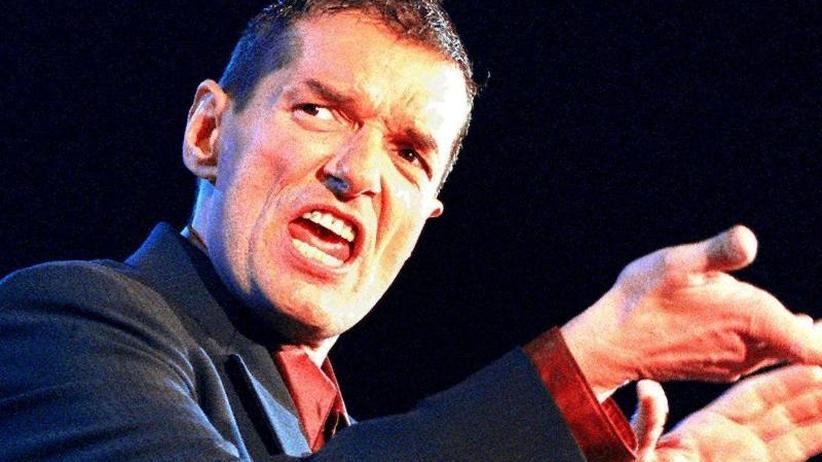 Theatermuseum Hannover: Ausstellung zeigt unbekannte Seite von Pop-Legende Falco