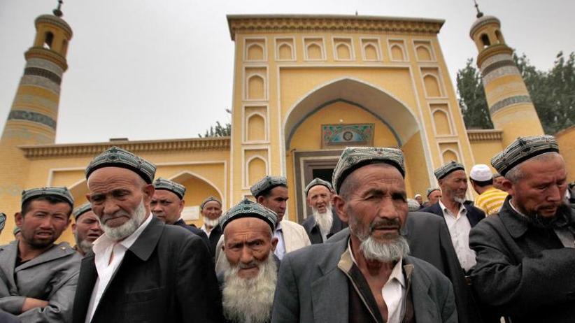 """""""Halal"""" geht Chinesen zu weit: China legalisiert Umerziehungslager für Muslime"""