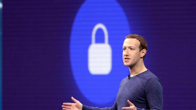 Wegen Datenskandalen: Investoren fordern Rücktritt von Facebook-Chef Zuckerberg