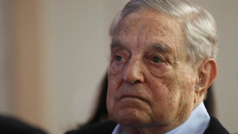 """Warnung vor """"Klima der Angst"""": Soros-Stiftung sieht wachsende Gefahr durch Hass und Hetze"""