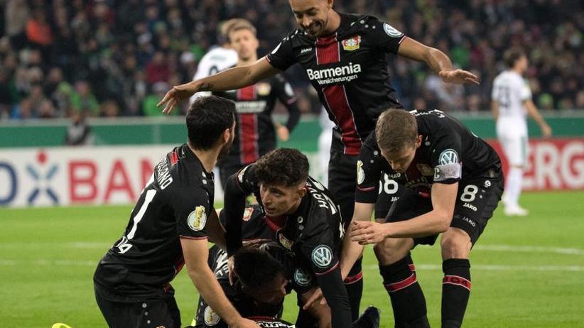 2. Runde DFB-Pokal: Elfmeter-Drama bei Schalke - Leverkusen mit Kantersieg