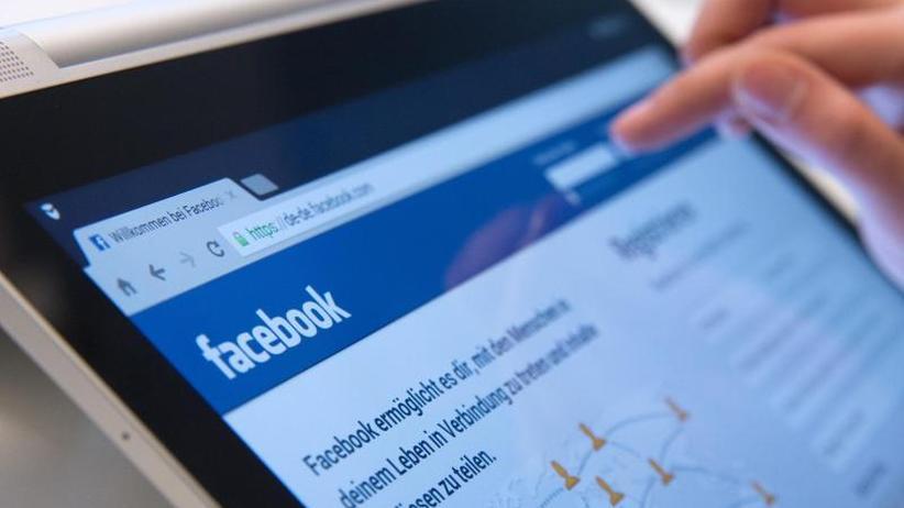 Online-Netzwerk: Facebook bereitet sich auf Umbruch im Werbegeschäft vor