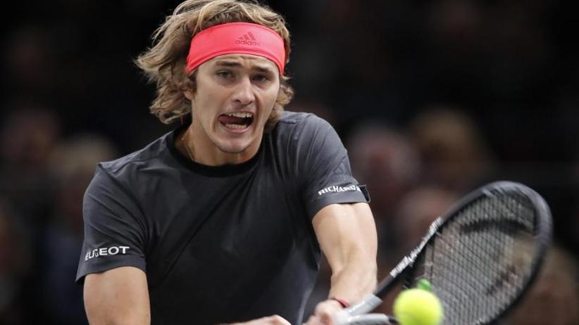ATP-Turnier: Alexander Zverev in Paris im Viertelfinale