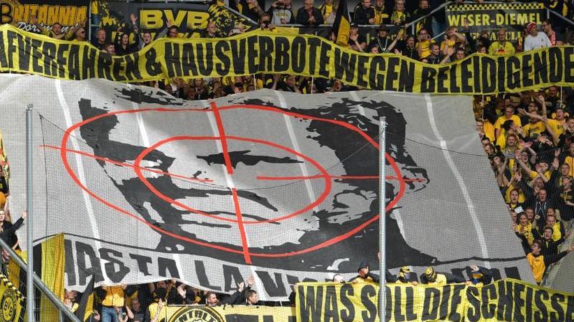 Hoffenheim-Mäzen: Fadenkreuz-Plakat gegen Hopp: DFB-Gericht verhandelt