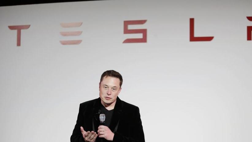 """Podcast """"Recode"""": Tesla-Chef: """"Wir sind übern Berg"""""""