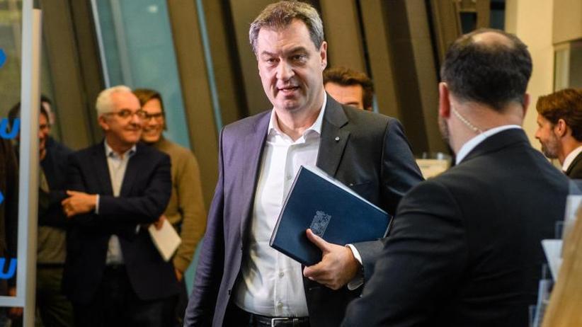 Drei Ministerien für FW: Auch CSU stimmt Koalitionsvertrag mit Freien Wählern zu