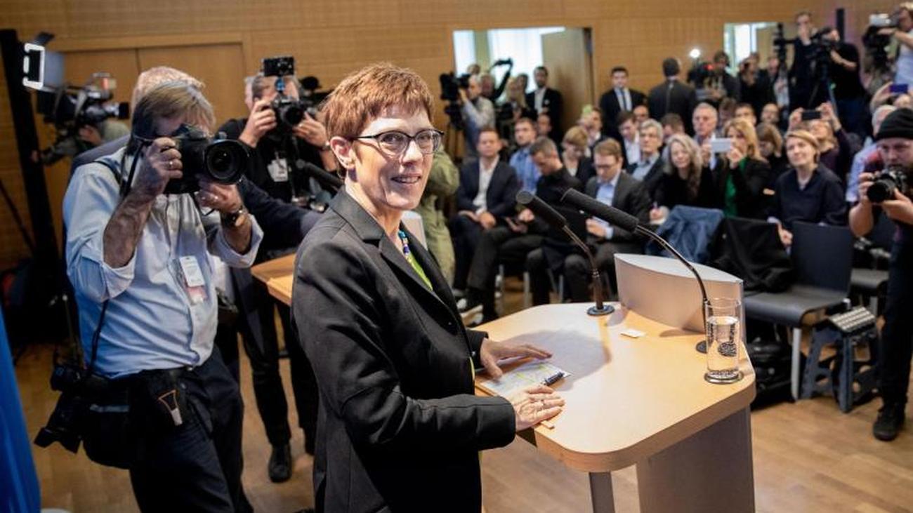 Merkel-Nachfolge: Kramp-Karrenbauer Erklärt Sich