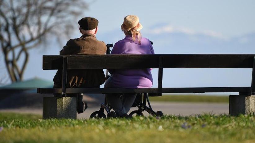 Opposition warnt: Rente wird stabilisiert - Jüngere sorgen mehr privat vor