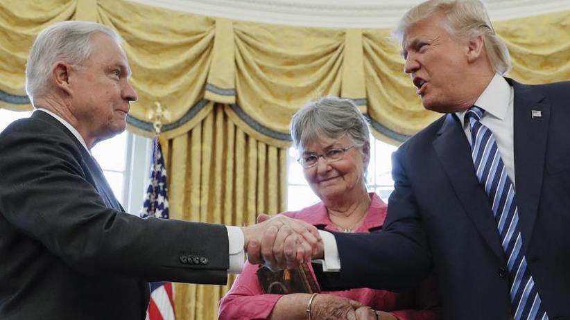 Behinderung gefürchtet: Sessions-Ablösung: Was wird aus den Russland-Ermittlungen?
