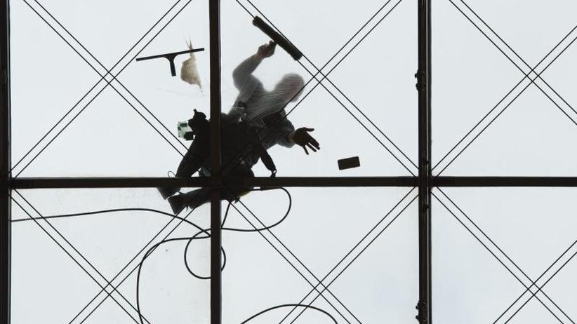 Streik droht: Bundesinnung lehnt Weihnachtsgeld für Gebäudereiniger ab