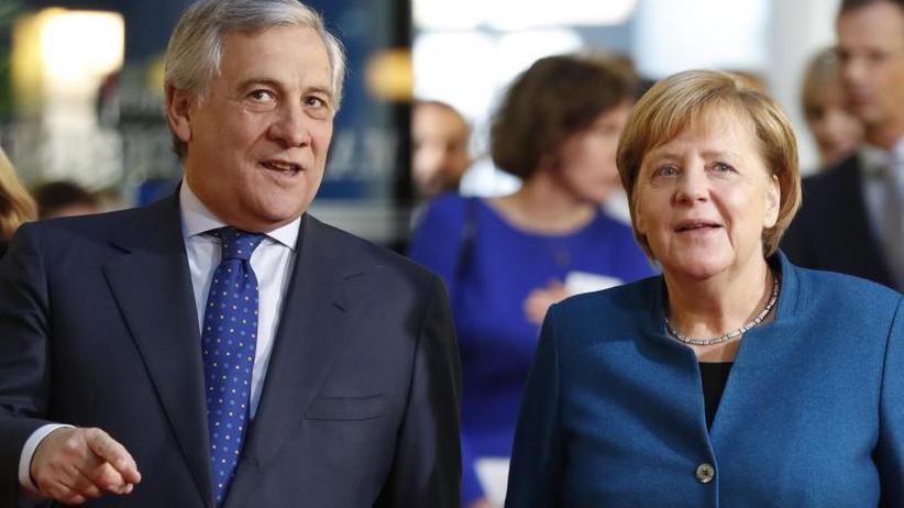 Rede im Europaparlament: Merkel spricht sich für Europäische Armee aus