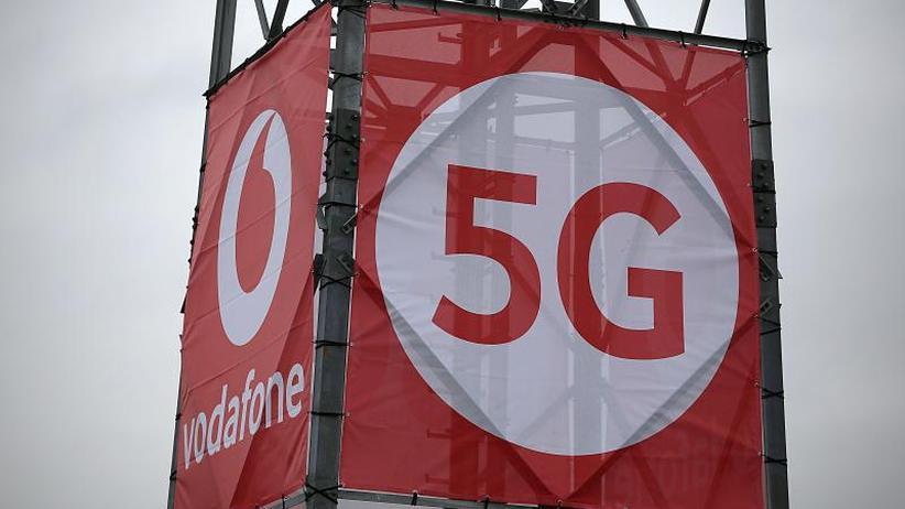 Mobilfunkfirmen scheuen Kosten: Der große 5G-Knatsch: Turbo-Internet nicht überall?