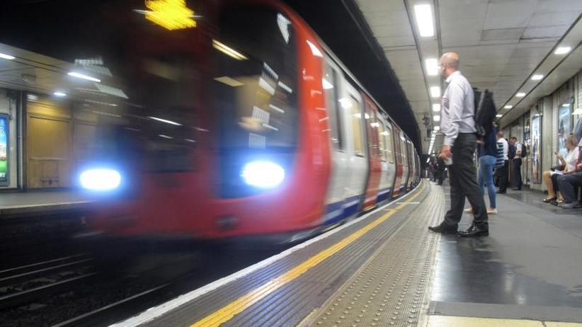 Lieferung ab 2023: Siemens erhält Milliardenauftrag für Londoner U-Bahn