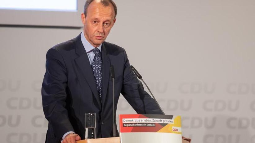 Starker Gegenwind aus der CDU: Merz nach Kritik: Stelle Grundrecht auf Asyl nicht in Frage