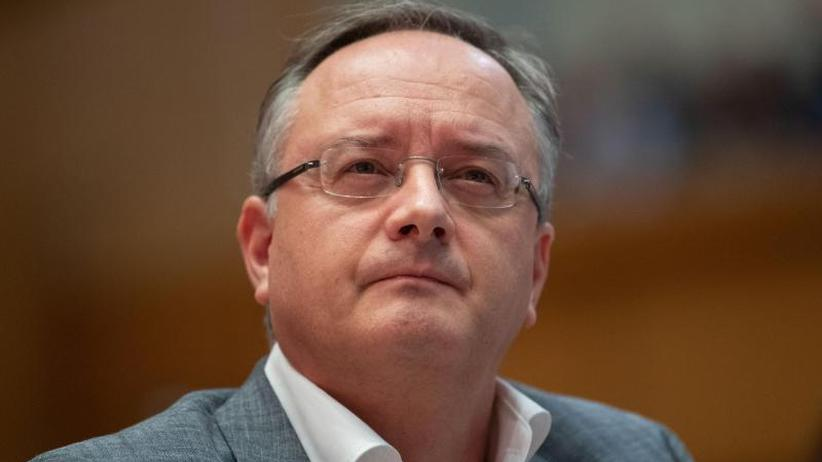 Castellucci unterliegt: Stoch ist neuer Chef der Südwest-SPD