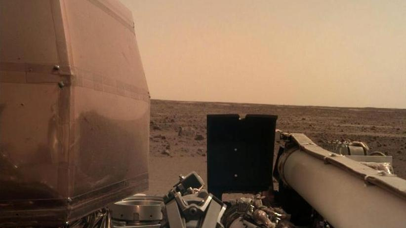 """Landung bestätigt"": Nasa-Roboter ""InSight"" auf dem Mars angekommen"