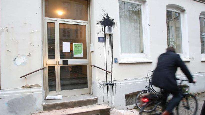 Mehr als zehn Angreifer: Attacke auf Hamburger Wohnhaus von Vizekanzler Scholz