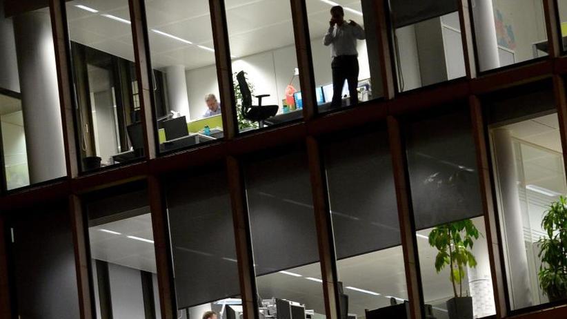 Mehrarbeit: Beschäftigte machten mehr als 2,1 Milliarden Überstunden