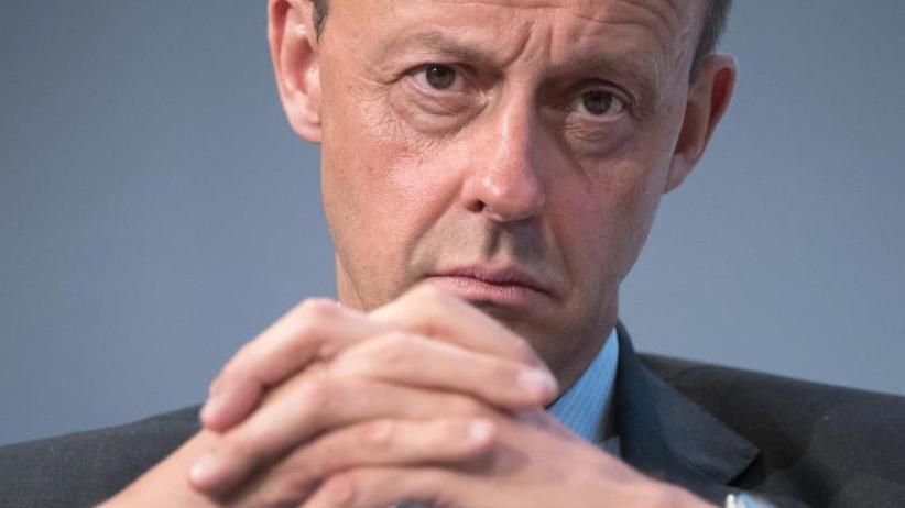 """""""Gefallen für Reiche"""": SPD-Generalsekretär kritisiert Rentenvorschlag vonMerz"""