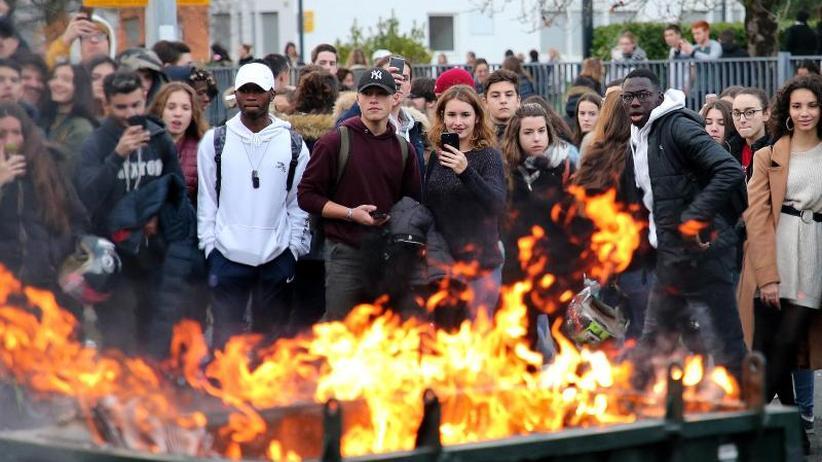 """Proteste der """"Gelbwesten"""": Neue Krawalle in Frankreich erwartet"""