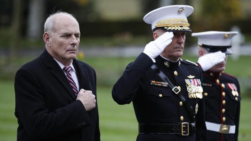 Ayers möglicher Nachfolger: Donald Trump lässt Stabschef John Kelly ziehen