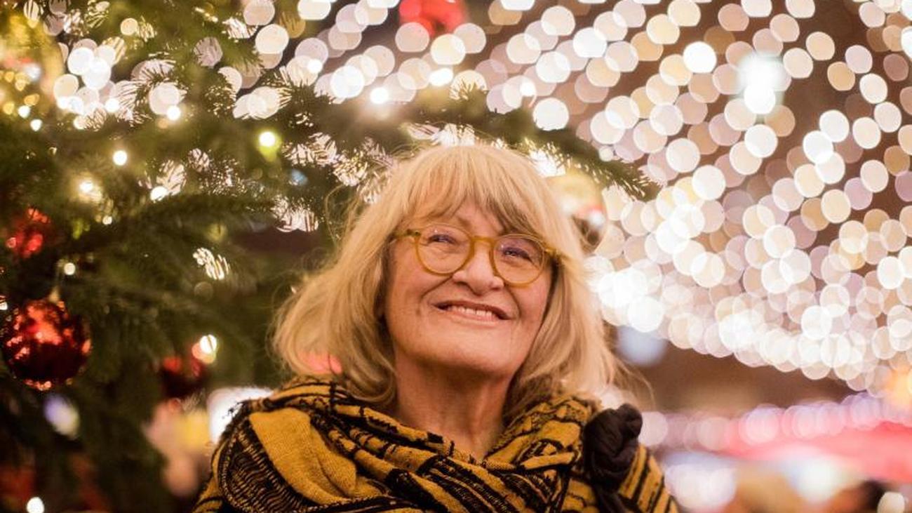 Stille Nacht: Alice Schwarzer mag es an Weihnachten traditionell ...