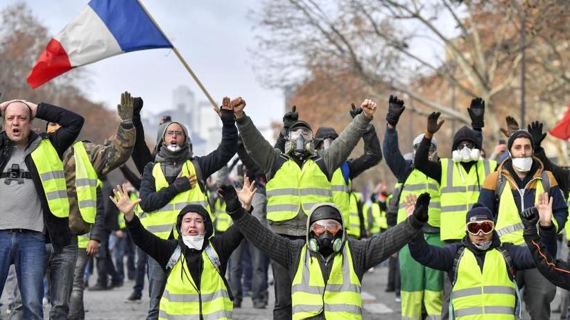 Bis zu 10 Milliarden Euro: Frankreich sucht nach Macrons Ankündigungen das nötige Geld