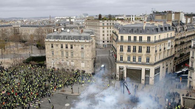 """Wochenlange Massenproteste: """"Gelbwesten""""-Krise: Frankreichs Regierung kommt zusammen"""