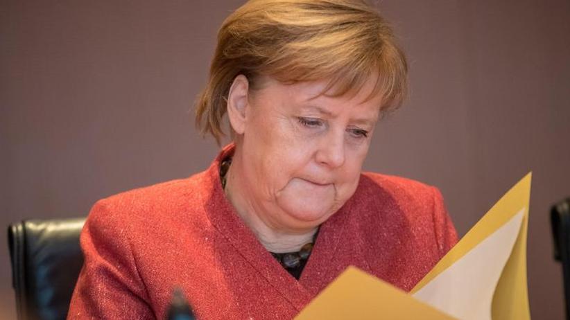 Regierungsbefragung: Merkel stellt sich erneut den Abgeordneten
