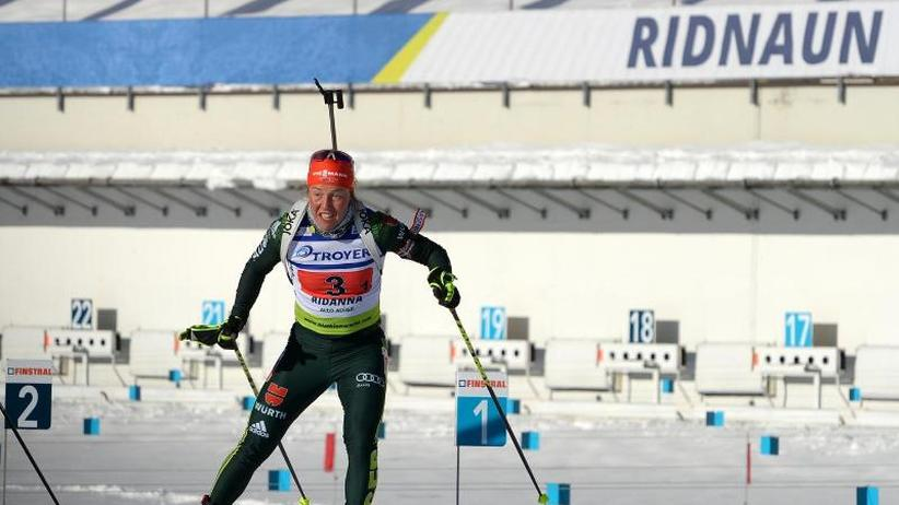 Biathlon-Olympiasiegerin: Dahlmeier im erstem Saisonrennen im IBU-Cup auf Rang zwei