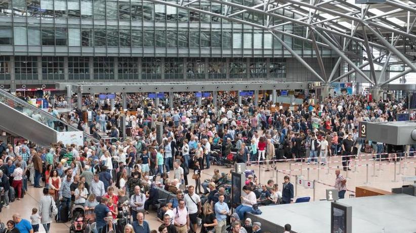 Reisende fordernRechte ein: Schlichtungsstelle: Beschwerdezahl über Reisen verdoppelt