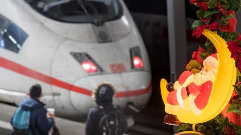 Aber weiter Streit mit GDL: Bahn und EVG einigen sich auf Tarifpaket