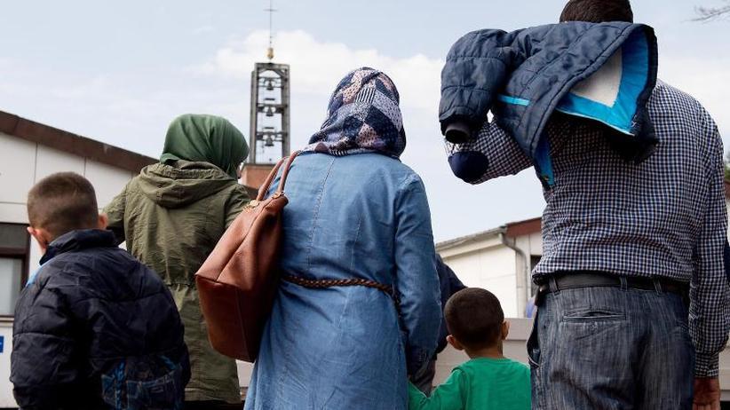 Zahlen rückläufig: Bund geht von 166.000 Erstanträgen auf Asyl 2018 aus