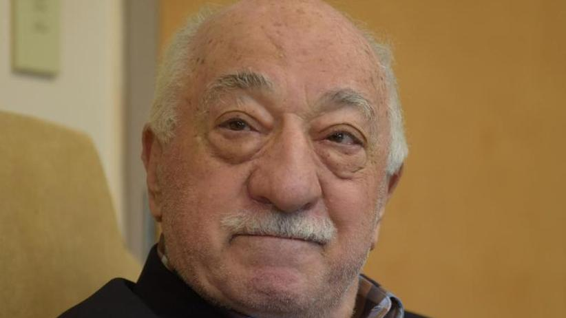 Prediger lebt in den USA: Cavusoglu: Trump arbeitet an Auslieferung von Gülen