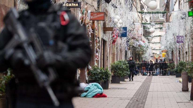 Gedenkzeremonie inInnenstadt: Fünftes Opfer nach Straßburger Anschlag gestorben