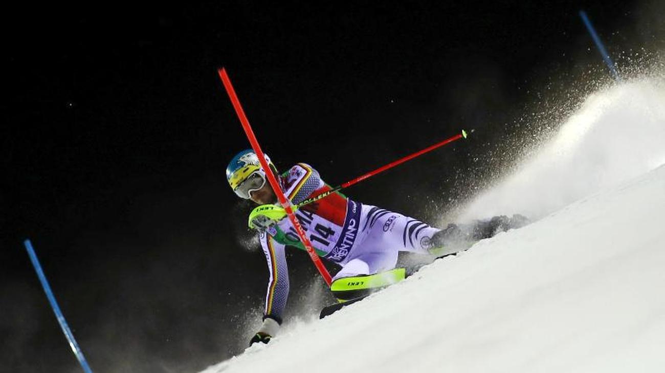 Top Ten Weihnachtsessen.Slalom Weltcup Top 10 Vor Weihnachten Neureuther Achter In Madonna