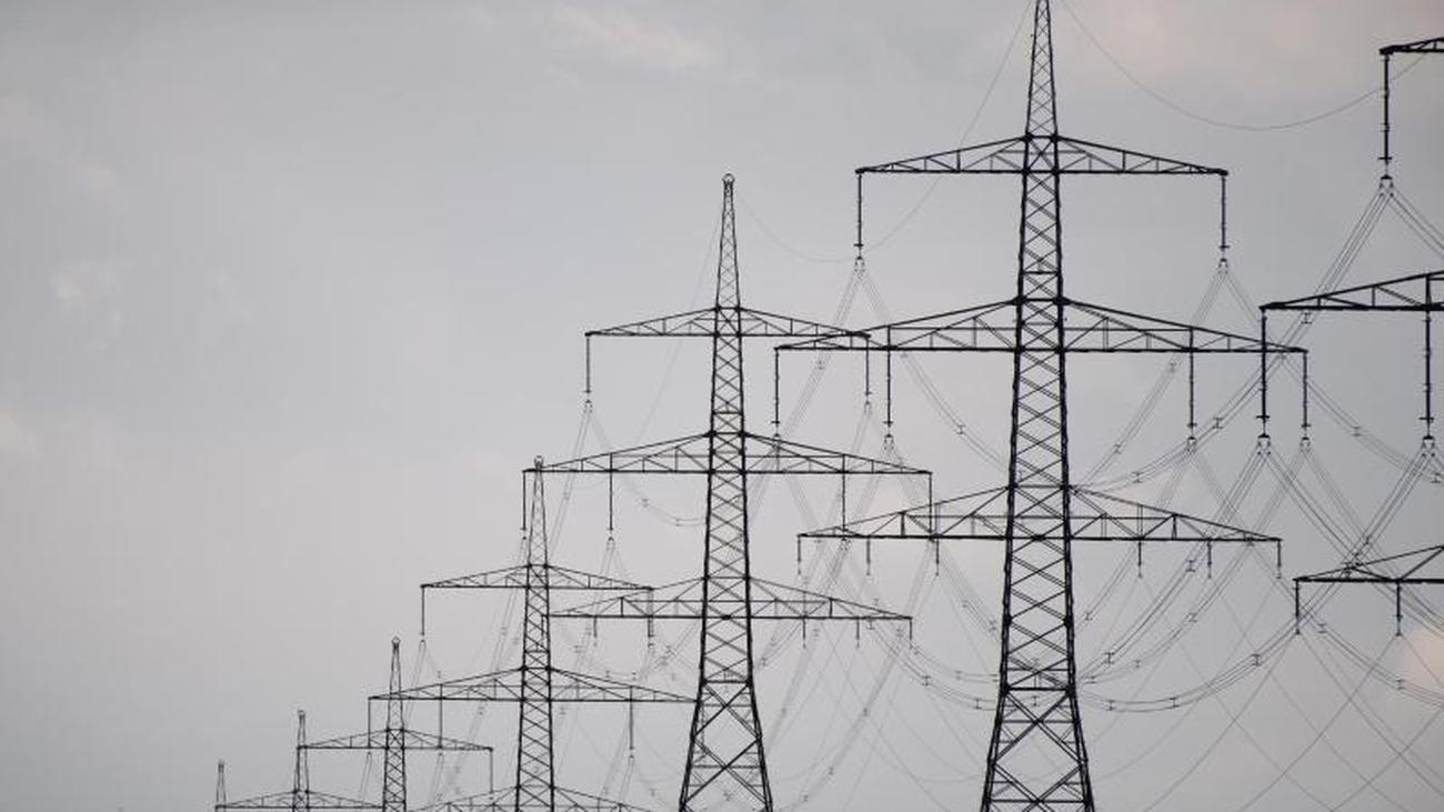 Surplus continues high: Germany exports less electricity