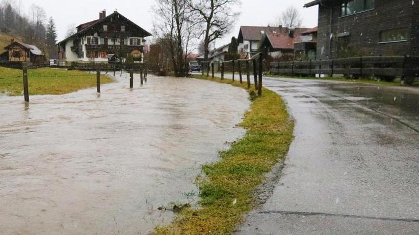 Regen lässt nach: Hochwasser im Südwesten - Pegelstände sinken wieder