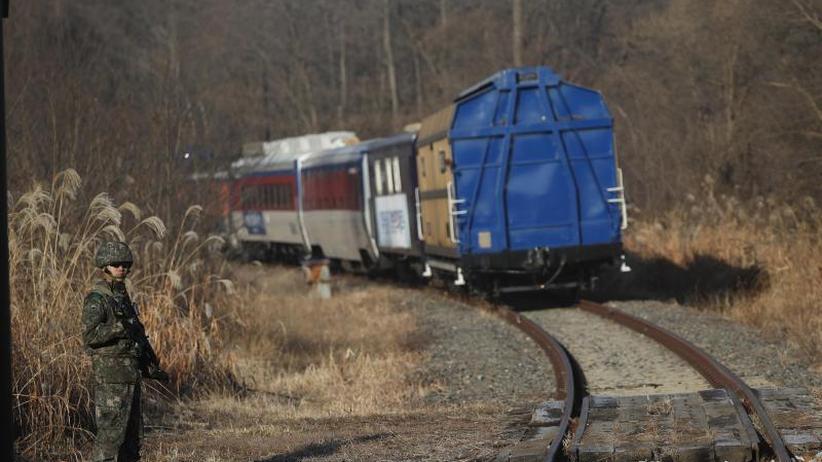 Annäherung geht weiter: Süd- und Nordkorea bereiten Bahn- und Straßenverbindung vor