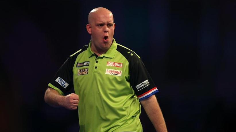 Spektakel in London: Van Gerwen und Anderson stehen bei Darts-WM im Viertelfinale