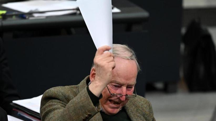 Kritik von Roth und Kubicki: Bundestagsvizepräsidenten: AfD verändert Umgangsformen