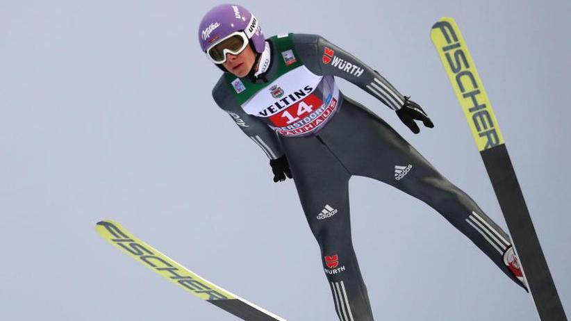 Vierschanzentournee im Fokus: Das bringt der Wintersport am Samstag