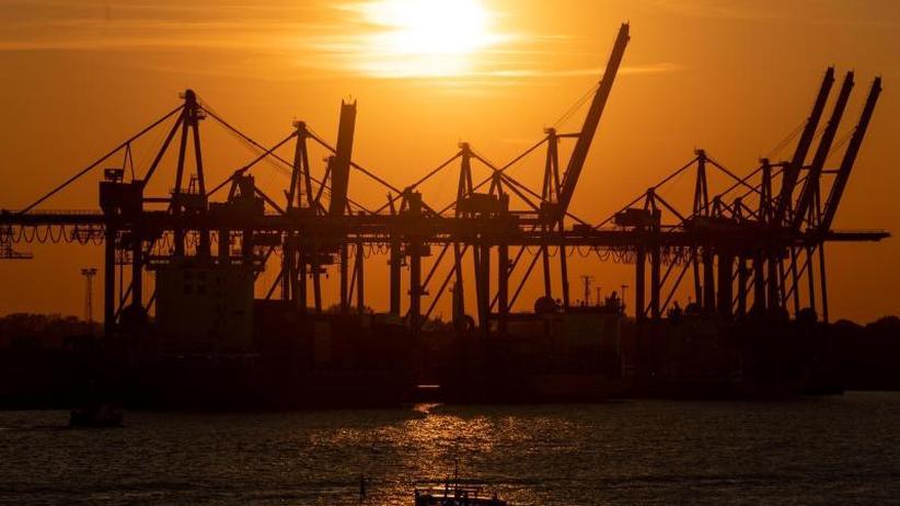 Flaute zum Jahresende: Export verliert an Schwung - dennoch Rekord 2018 in Sicht