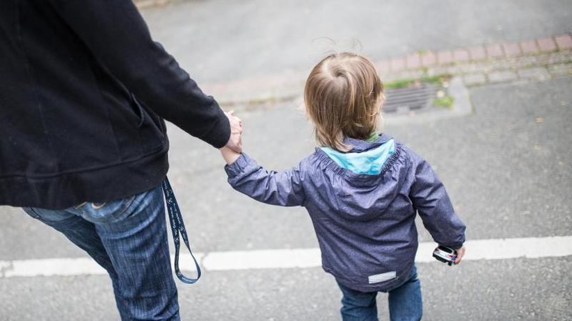 Gegen Kinderarmut: Regierung bringt mehr Leistungen für Kinder auf den Weg