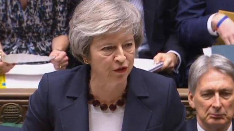 Regierung muss Plan B vorlegen: Schlappe für May: Parlament ändert Regeln der Brexit-Debatte