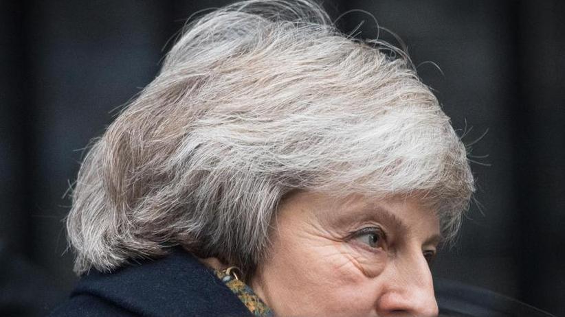 Jeremy Corbyn für Neuwahl: Streit um Brexit: Labour-Chef erhöht den Druck auf May