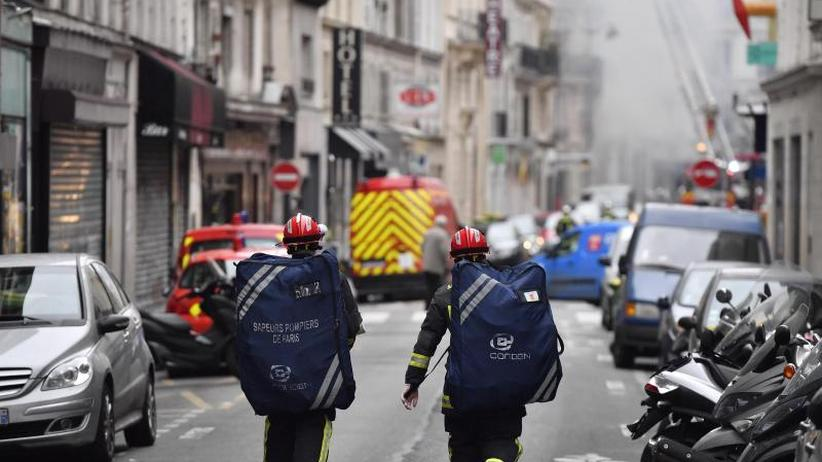 Gasleck in Bäckerei?: Vier Tote und viele Verletzte bei Explosion in Paris