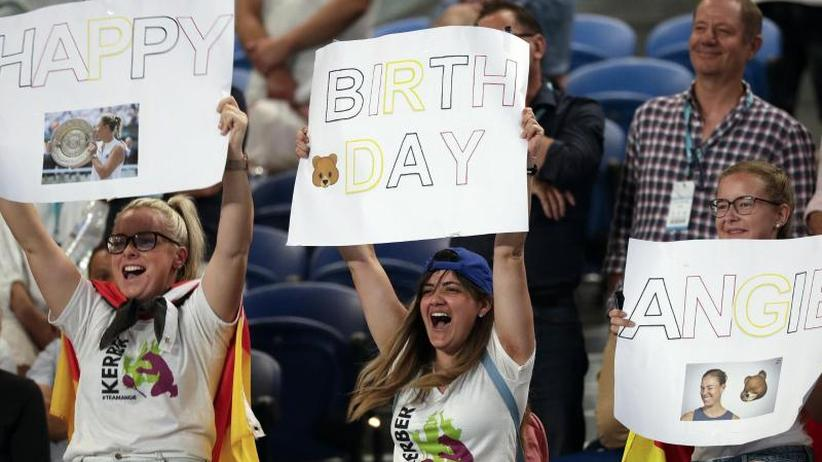 Australian Open: Kerber am 31. Geburtstag ganz flott ins Achtelfinale