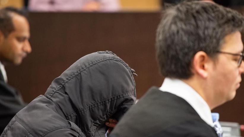 Familiendrama in Düsseldorf: Prozess um Mord an eigener Tochter: Nur ein Unfall?